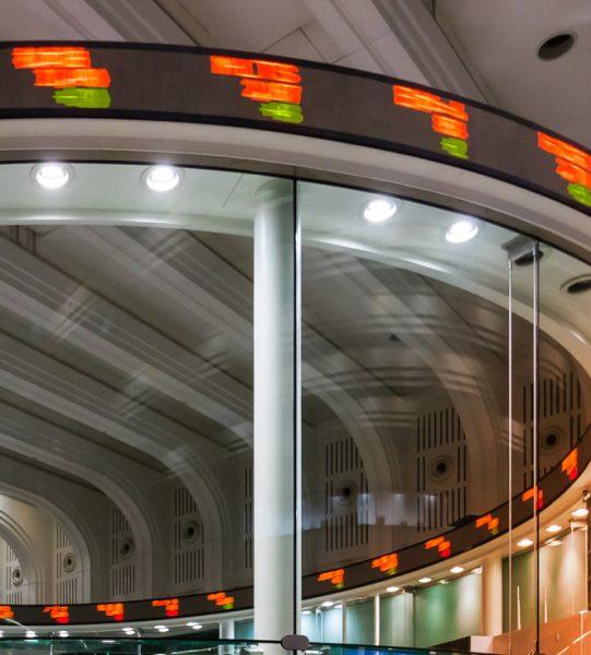 Stocks-541x600_b1f6108f411d1d7d4b6ea891f98e4b83